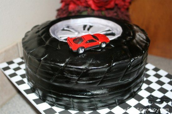 Mans Fortieth Birthday Party Tire Cake