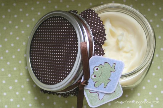 soothing-baby-bum-cream-with-doterra-essential-oils-close